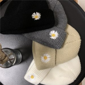 Flower Embroidery Woolen Hat 1 - My Sweet Outfit - EGirl Outfits - Soft Girl Clothes