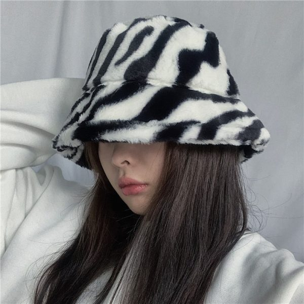 Zebra Pattern Warn Fisherman Hat 4 - My Sweet Outfit - EGirl Outfits - Soft Girl Clothes