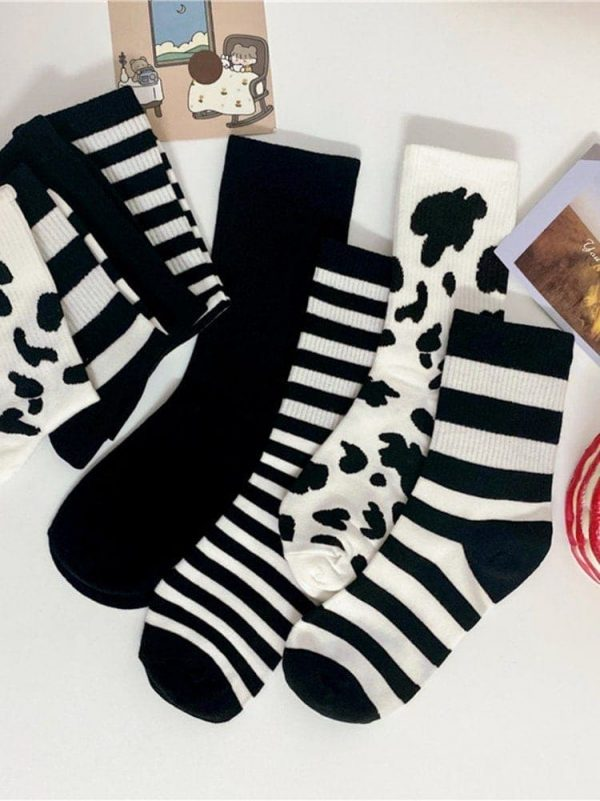 Four Pairs Of Black, Milk, Striped Sports Socks 2 - My Sweet Outfit - EGirl Outfits - Soft Girl Clothes Aesthetic - Grunge Fashion Grime Hip Emo Rap Trap