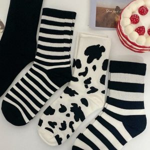 Four Pairs Of Black, Milk, Striped Sports Socks 3 - My Sweet Outfit - EGirl Outfits - Soft Girl Clothes Aesthetic - Grunge Fashion Grime Hip Emo Rap Trap