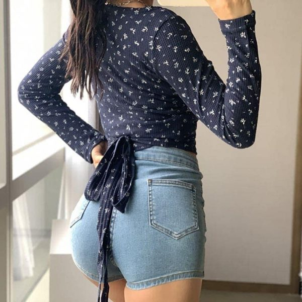 Short Slim Top With Pattern And Ties 4 - My Sweet Outfit - EGirl Outfits - Soft Girl Clothes Aesthetic - Grunge Fashion Grime Hip Emo Rap Trap