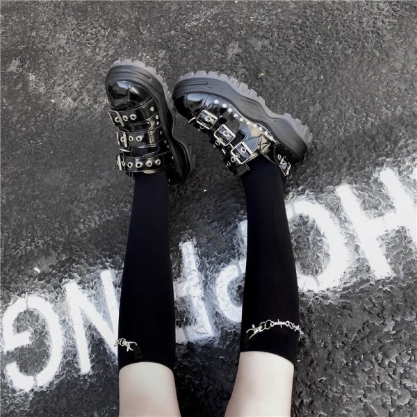 Trendy Knee-Length Socks With Chain 1 - My Sweet Outfit - EGirl Outfits - Soft Girl Clothes Aesthetic
