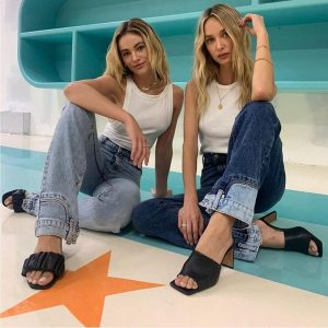 Blue High Waist Slim Flared Jeans 2 - My Sweet Outfit - EGirl Outfits - Soft Girl Clothes Aesthetic - Grunge Korean Fashion Tumblr Hip Emo Rap