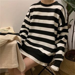Lazy Double Striped Sweatshirt (4) - My Sweet Outfit - EGirl Outfits - Soft Girl Clothes Aesthetic - Grunge Korean Fashion Tumblr Hip Emo Rap
