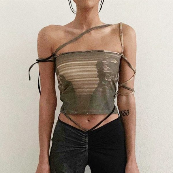 Slim Sleeveless Crop Army Green Top - My Sweet Outfit - eGirl Outfits - Soft Girl Clothes Aesthetic - Grunge Korean Artsy - Cosplay - Anime - Fashion itGirl - Rap Accessories (1)