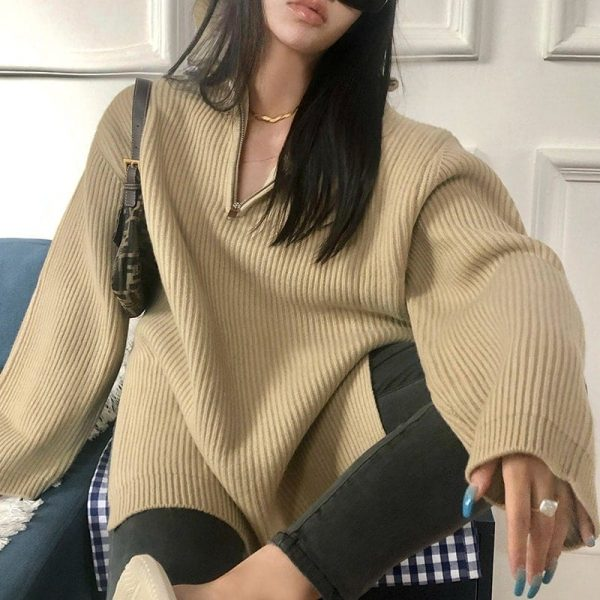 Warm Plain Sweater With Long Sleeves And Zipper - My Sweet Outfit - eGirl - SoftGirl Clothes Aesthetic - Goth - Grunge - Vintage Black - Y2k - Fashion - itGirl (2)
