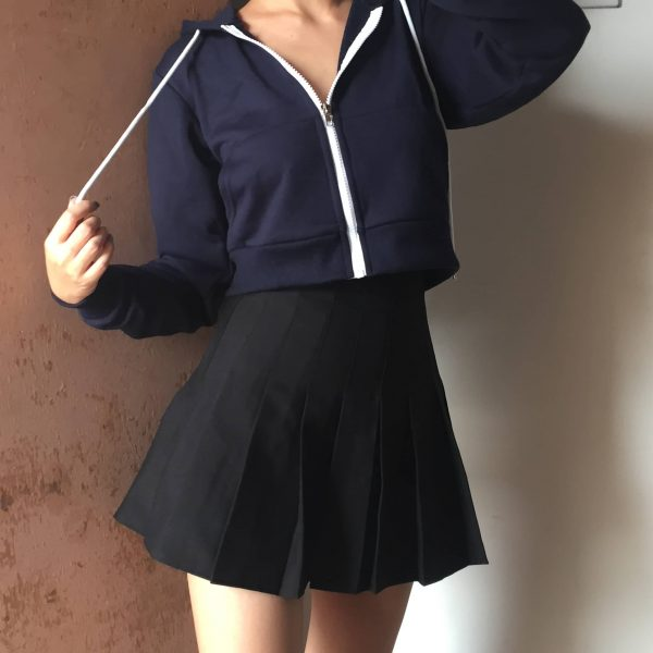 Basic Short Thin Zipped Hoodie - My Sweet Outfit - eGirl - SoftGirl Clothes Aesthetic - Goth - Grunge - Vintage Black - Y2k - Fashion - Softie 1