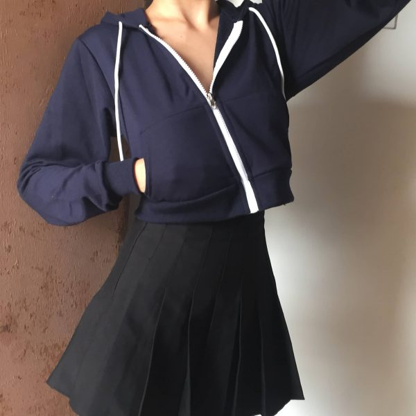 Basic Short Thin Zipped Hoodie - My Sweet Outfit - eGirl - SoftGirl Clothes Aesthetic - Goth - Grunge - Vintage Black - Y2k - Fashion - Softie 4