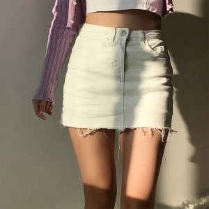 Cropped Frayed Edges Classic Mini Style Skirt - My Sweet Outfit - eGirl - SoftGirl Clothes Aesthetic - Goth - Grunge - Vintage Black - Y2k - Fashion - Softie (2)