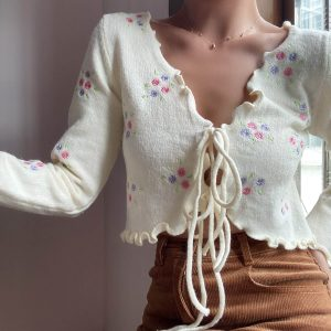 Cottagecore Aesthetics Lined Small Flower Cardigan 4 - My Sweet Outfit - eGirl - SoftGirl Clothes Aesthetic - Goth - Grunge - Vintage - Indie Clothing - Cottagecore - Y2k - Harajuku style - Softie